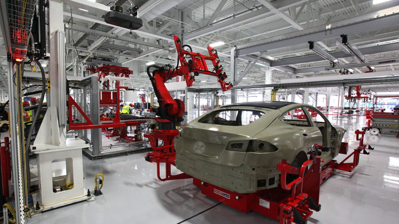 http://reachingamerica.org/wp-content/uploads/2018/07/Car-factory-1280x720.jpg